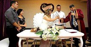 Evlenmek İçin 08.08.2018'i Seçtiler