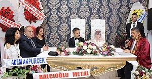 Başkan Gamze ve Hamza'nın Nikahını Kıydı