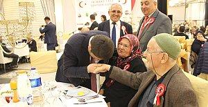 Tunç, Şehit ve Gazi Aileleri İle Yakından İlgilendi