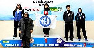Wushu Kung Fu'da 2 Kupa Birden