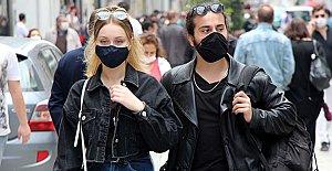 Maskesiz Çıkmanın Cezası 900 TL'ye Yükseldi