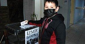 Bartınlı Öğrencilerden İzmir'e Yardım