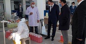 Liseli Öğrenciler Günlük 5 Ton Dezenfektan Üretiyor