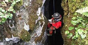 Bartın'da 3 Yatay, 2 Dikey Mağara Keşfedildi