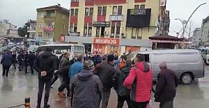 Otobüs ve minibüs şoförleri birbirine girdi: 2 yaralı, 11 Gözaltı