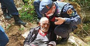 """Kayıp Yaşlı Adamı 55 Saat Sonra """"Pati"""" Buldu"""