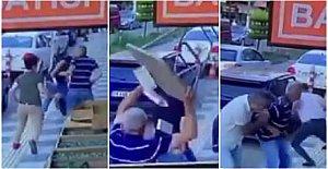 Baba Oğul Sokak Ortasında Bıçaklandı