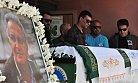 Öldürülen öğretmen için okulunda hüzünlü tören