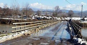 Su Seviyesi Düştü, Köprü Açıldı