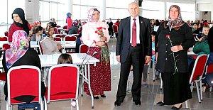 Kozcağız'da Kadınlar Günü Coşkuyla Kutlandı