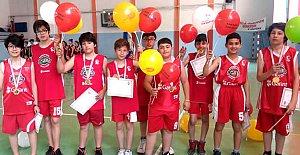 23 Nisan Minikler Basketbol Şöleni