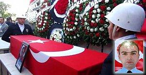 Şehit Özel Harekat Polisi Gözyaşlarıyla Uğurlandı
