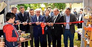 Ulus'ta Hayır Çarşısı Kermesi Açıldı