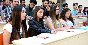 Üniversitemiz Öğrenci Memnuniyetinde Üst Sıralarda