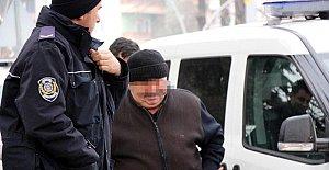 Okul müdürüne 9 öğrenciye tacizden gözaltı