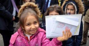 İlkokul öğrencilerinden Suriye'deki Türk askerine moral mektubu