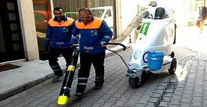 Dar Sokaklar İçin Vakumlu Çöp Süpürme Makinası