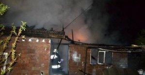 Aynı kişiye ait 2 ev yandı