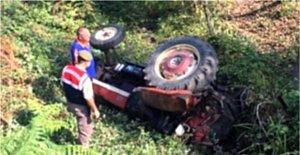 Devrilen Traktörün Sürücüsü Ağır Yaralandı