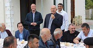 Başkan Karaman, Sanayi Esnafıyla Kahvaltıda