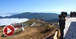 2 bin rakımlı zirveye kayak merkezi