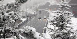 Yola Çıkacaklar Dikkat ! Kar yağışı bekleniyor