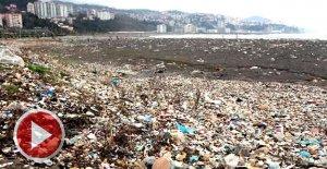Karadeniz çöpü geri verdi