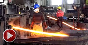 Eğlenerek demir üretiyorlar