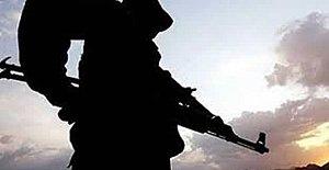 Nöbet Tutan Askerden Acı Haber