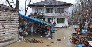 Baraj suları yükseldi, bazı evler boşaltıldı