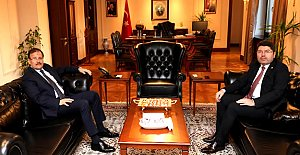 Tunç'tan Çavuşoğlu'na Teşekkür Ziyareti