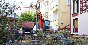 Kırtepe'de Yenileme Sırası 163.Sokak'ta