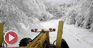 Kardan Kapanan Köy Yolları Açılıyor