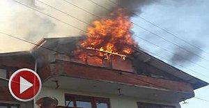 3 Katlı Binada Yangın Paniği