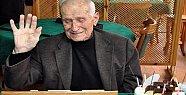 95. Yaş Gününü Kahvehanede Kutladı