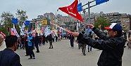 HDP'ye bayrak tepkisi - Video