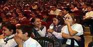 Minik İzleyiciler Balon Tiyatrosuna Hayran