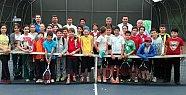 Okullar arası tenis müsabakaları başladı
