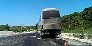 Tur Otobüsü Yandı, Faciadan Dönüldü