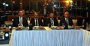 Vali Çınar'dan İl Genel Meclisi Üyelerine Veda Yemeği