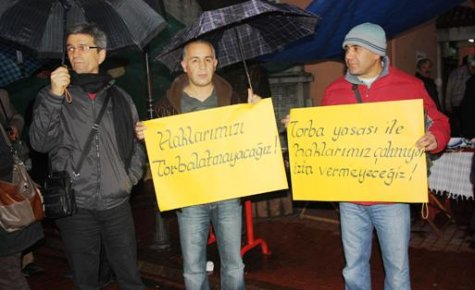 Torba Yasa Tasarısı Protesto Edildi