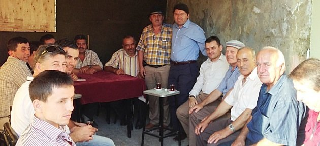 Tunç Akpınar ve Hatipler Köyü'nde