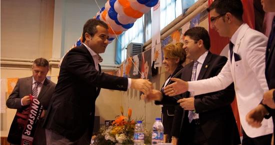 Tunç, Kastamonu İl Kongresi'de Divan Başkanı