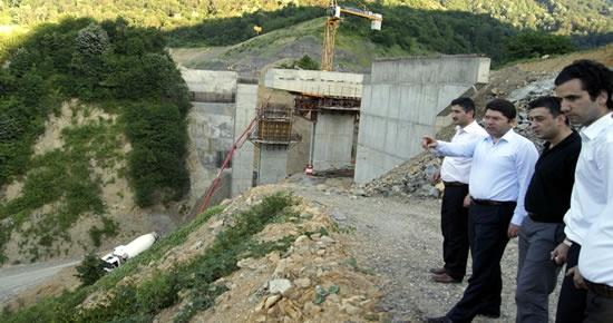 Tunç Kirazlıköprü barajında incelemelerde bulundu