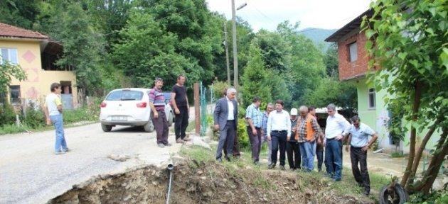 Tunç Selde Zarar Gören Köyleri Ziyaret Etti