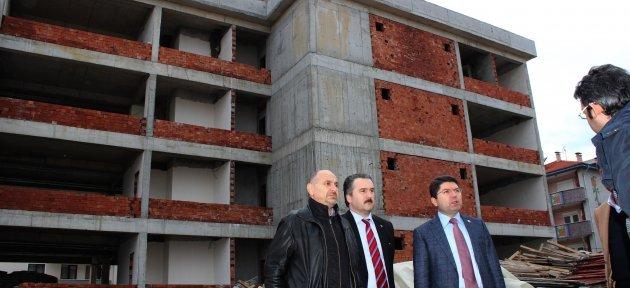 Tunç, SGK Hizmet Binası İnşaatını İnceledi
