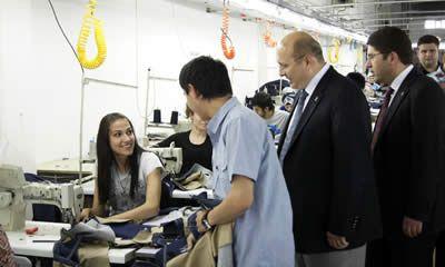 Tunç ve Kalay Pinaldi ve Enes Tekstili ziyaret etti