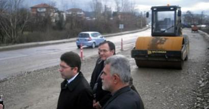 Tunç: Yolun açılmasındaki gecikme Belediye'den kaynaklanıyor