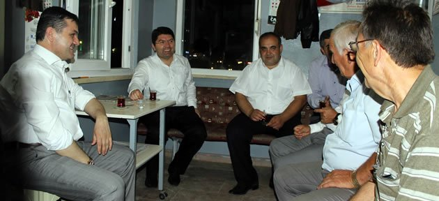 Tunç'tan Kemerköprü esnafına ziyaret