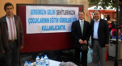 Türk Eğitim-Sen'den şehit çocukları için kermes